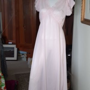 Long nightgown italy nwot